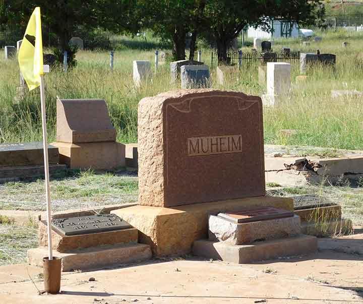 Muheim plot at Evergreen Cemetery